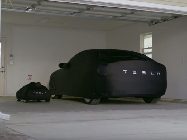 Teslaからバッテリー駆動の子ども電気自動車 004