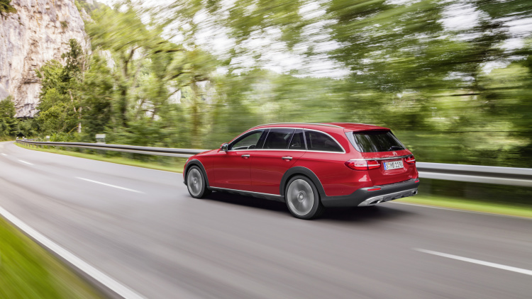Mercedes-Benz New E-Class All-Terrain Wagon 006