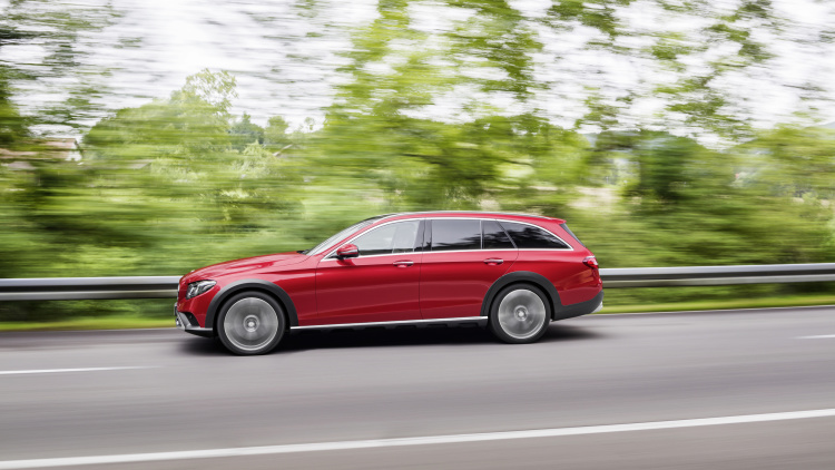 Mercedes-Benz New E-Class All-Terrain Wagon 002