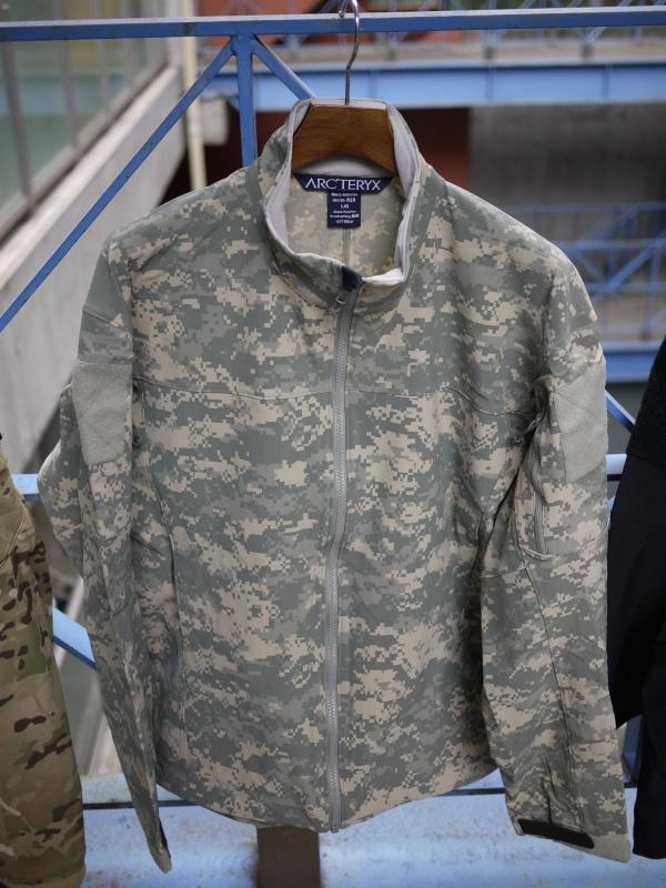 Arc'teryx LEAF Combat Jacket Universal Cam