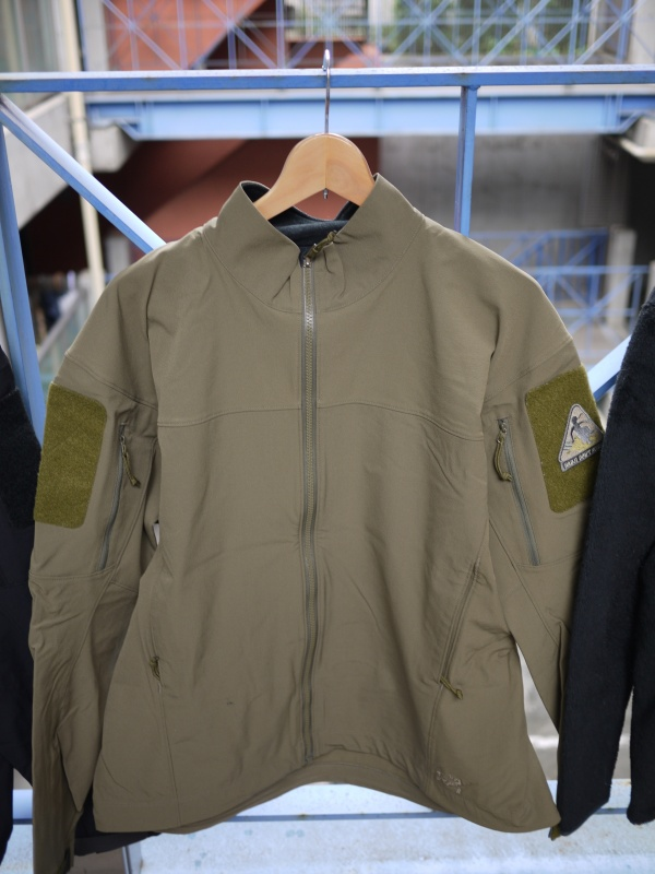 Arc'teryx LEAF Combat Jacket Crocodile