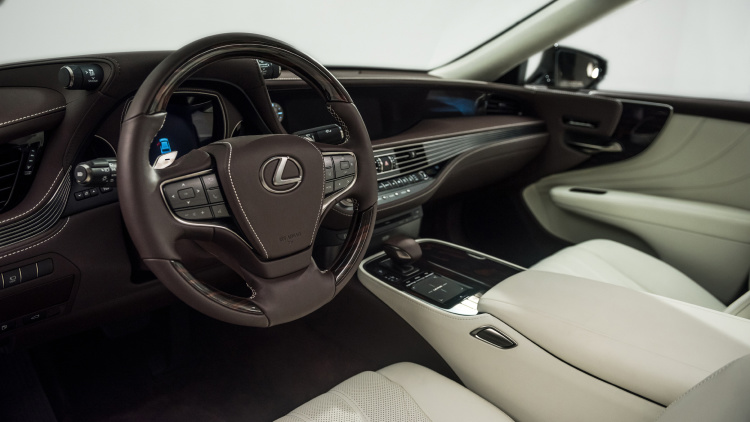 2018 Lexus LS 006