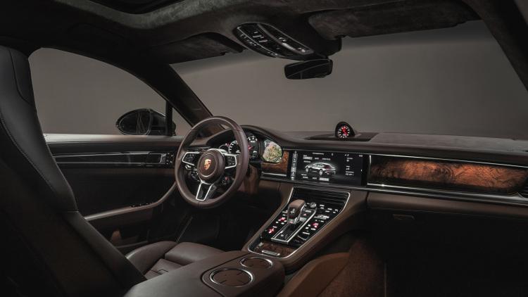 2018 Porsche Panamera Sport Turismo 003